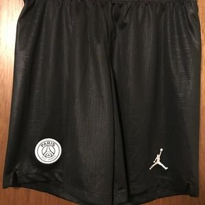 Paris Saint-Germain Jordan Breathe shorts M NWT